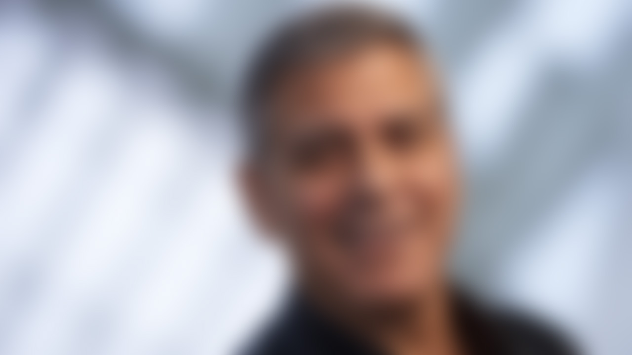 Increasingly Blurry Pictures Of George Clooney To Help You Get Used To The Idea That He's Not Always Going To Be Around Qo0ks0omy5c1naolhwe8