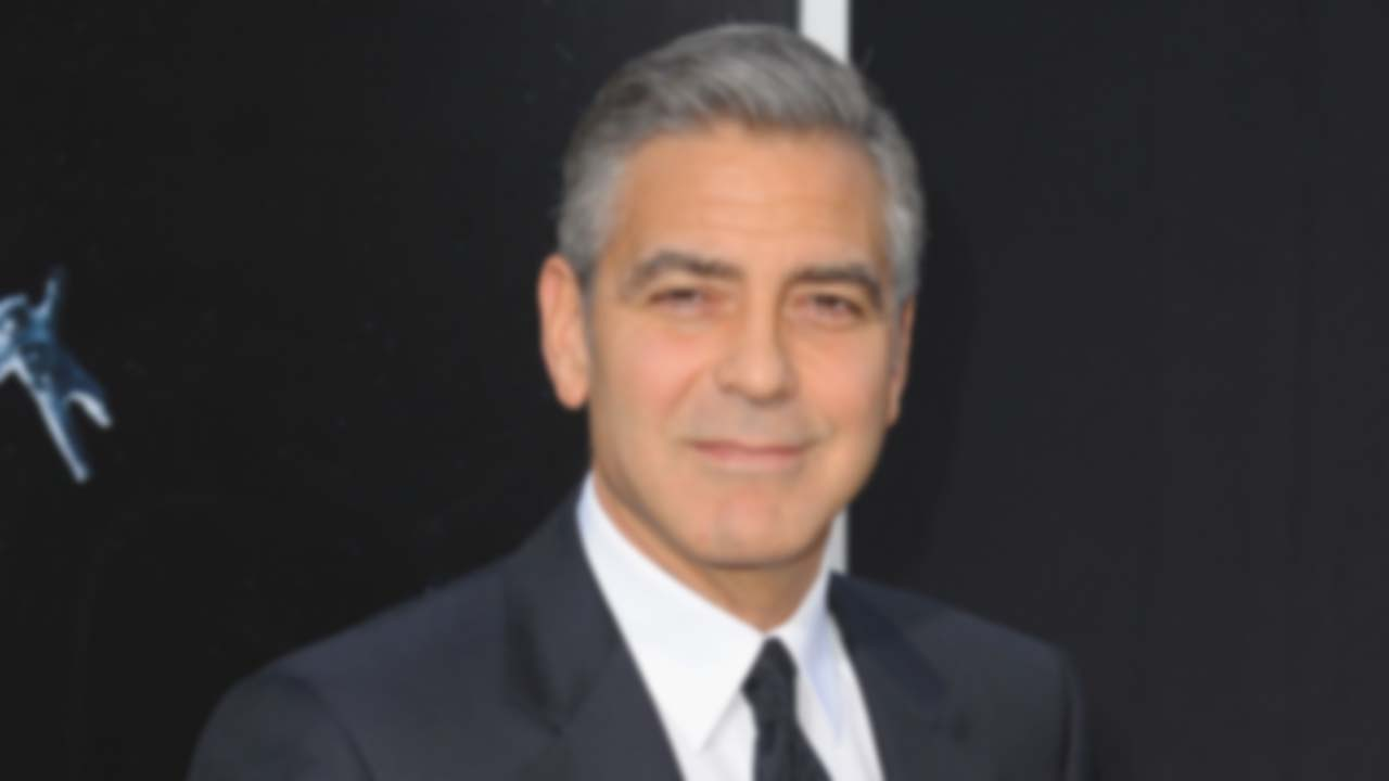 Increasingly Blurry Pictures Of George Clooney To Help You Get Used To The Idea That He's Not Always Going To Be Around Rt8fsdlmr2ayhpxjh8pa